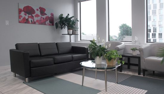 Lounge spaces provide ideal alternative work areas.