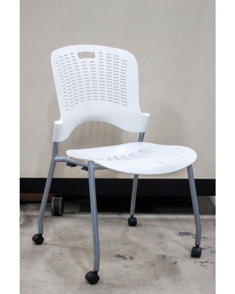 New Safco Sassy Mobile Stack Chair (White)