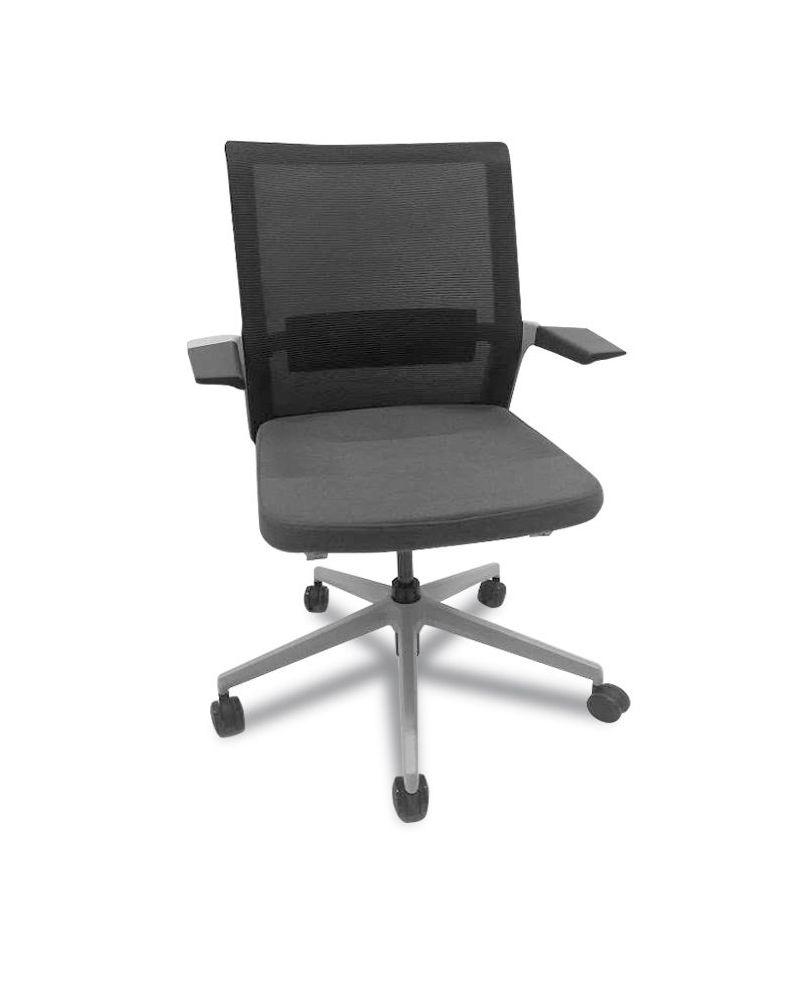 Beniia Vello Chair