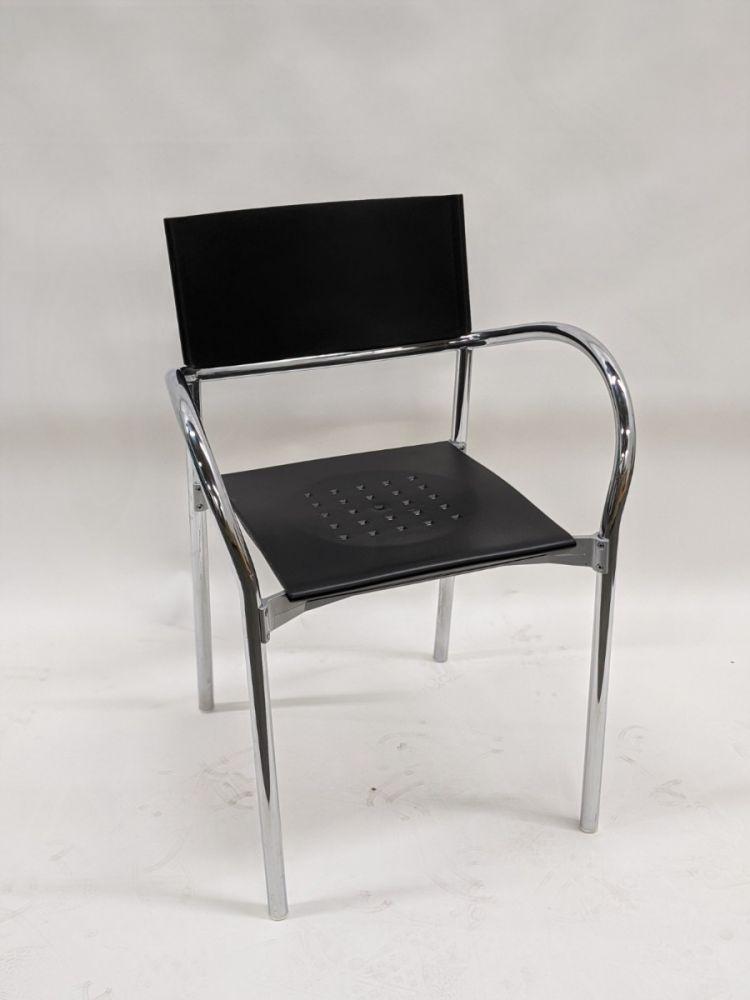 Segis Breeze stack chair