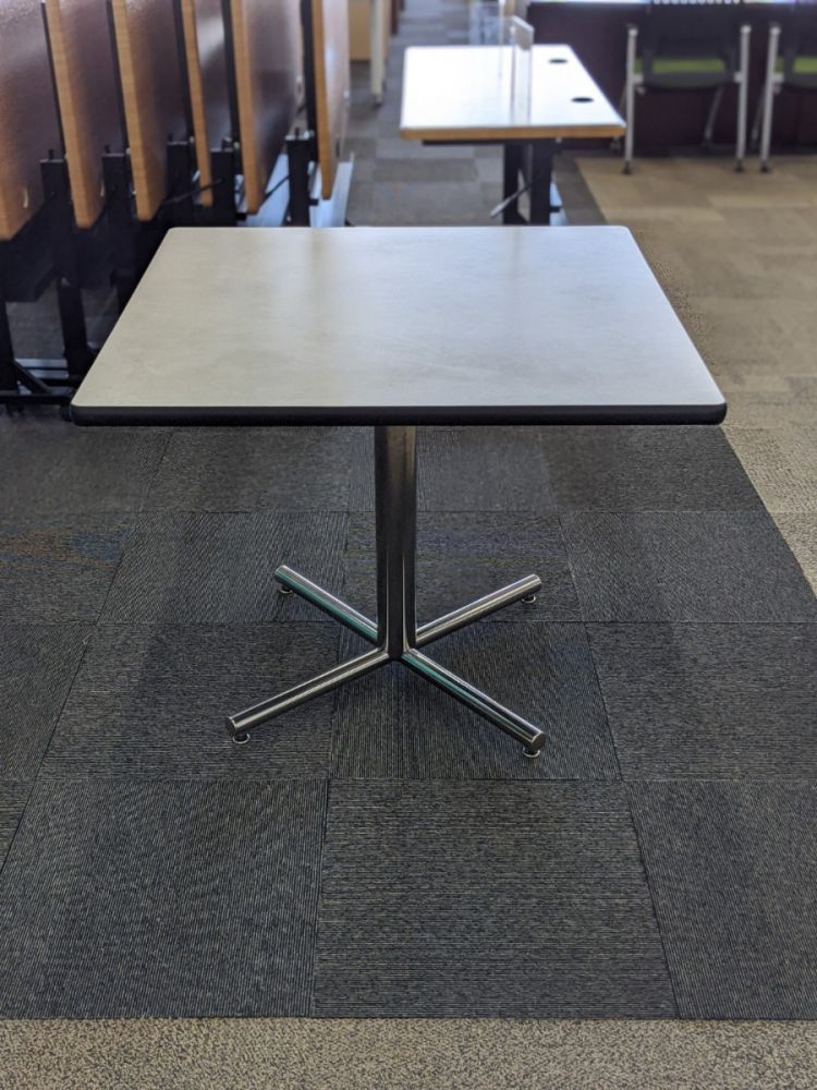 square café table