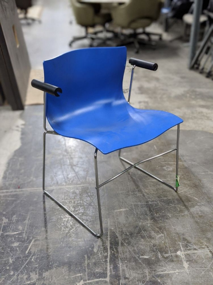 Knoll stack chair