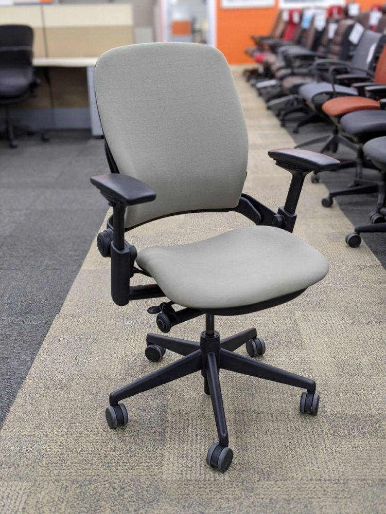 Steelcase Leap V2 Task Chair