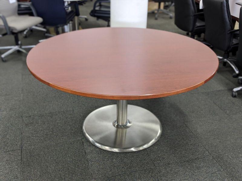 5' Falcon Round Conference Table (Cherry Laminate)
