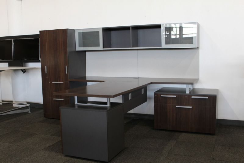 Allsteel Involve T-Shaped Private Office (Mahogany) LH
