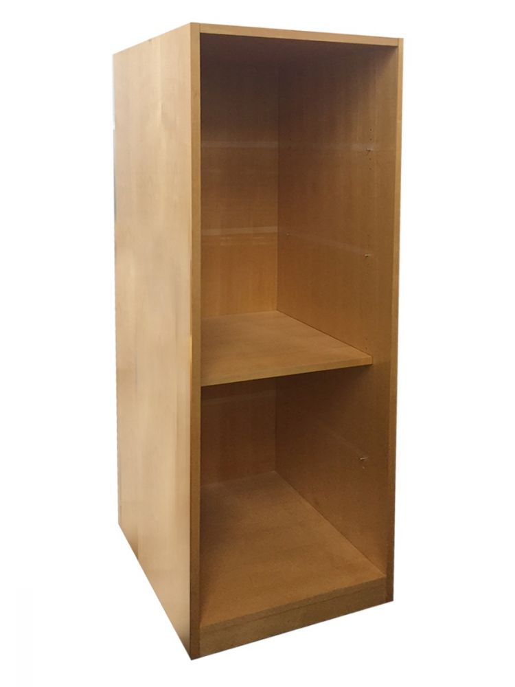 Pre-owned Geiger 5H bookcase has maple finish.