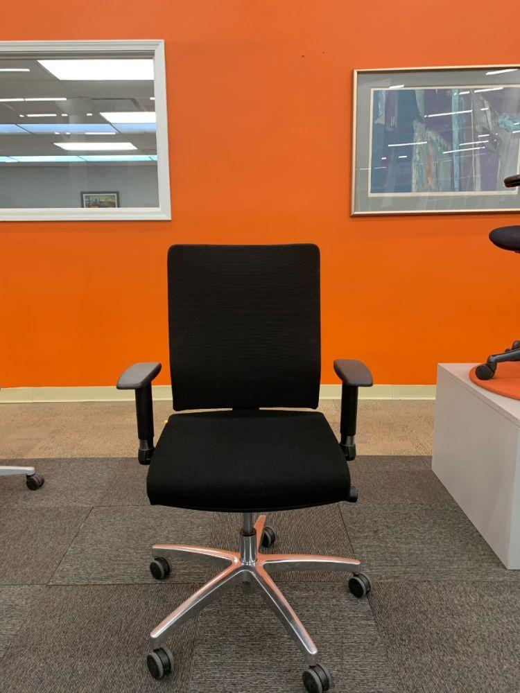 iDesk Ambarella Task Chair (Black Mesh)