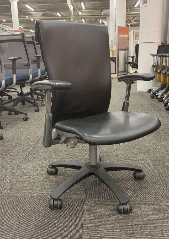Knoll Life Task Chair (Volo Black)