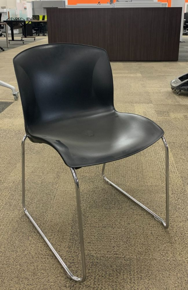 Harter Armless Sled Base Stack Chair (Black)