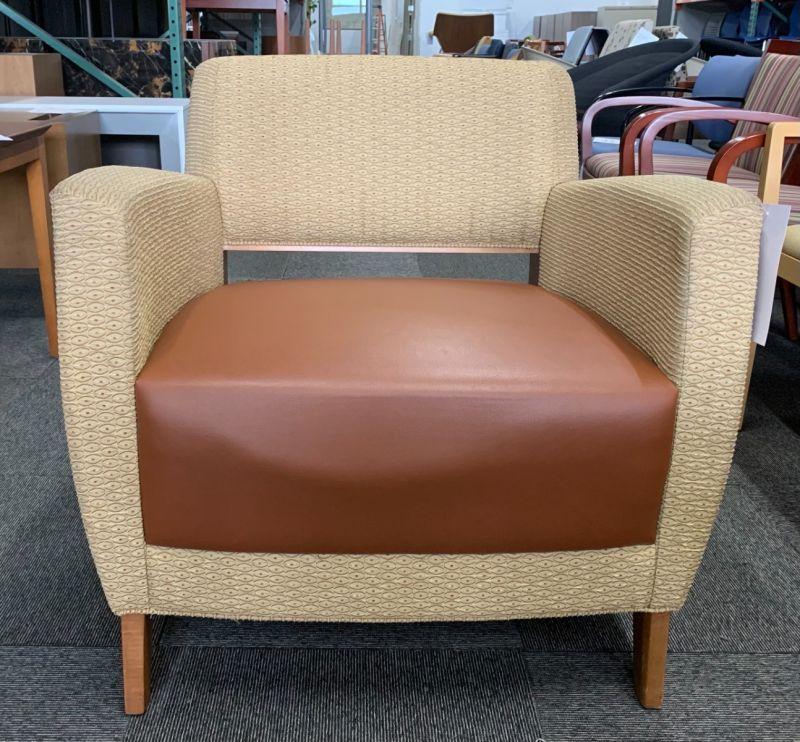 Bernhardt Lounge Chair (Custard Ovals/Brown)