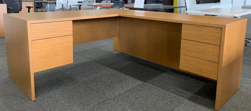 Global L-Shaped Desk (Oak Laminate) RH
