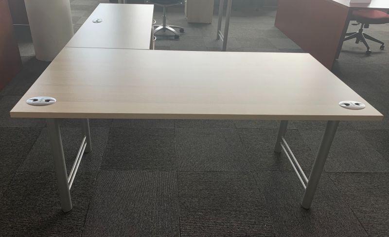 Tayco L-Shaped Desk (Maple Laminate) RH
