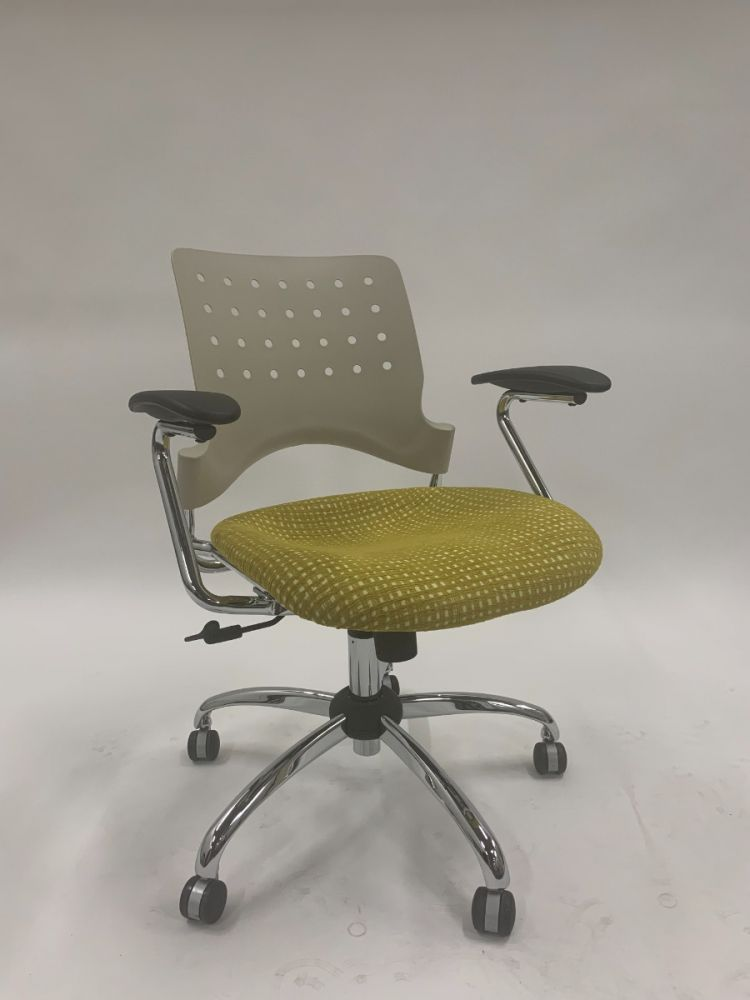 Safco Reve Square Back Conference Chair (Grey/Yellow Grid)