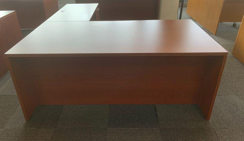 OFS L-Shaped Desk (Cherry Veneer) RH