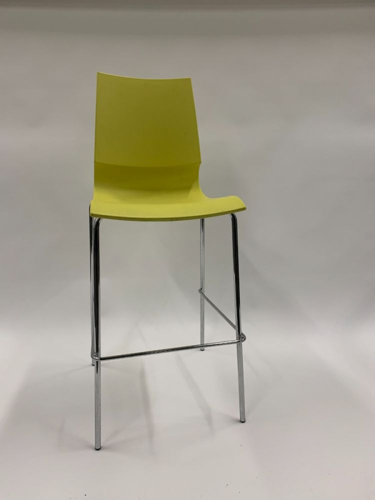 Pre-owned MaxDesign Ricciolina stack chair has yellow seat shell with (4) chrome post legs. Italian import.