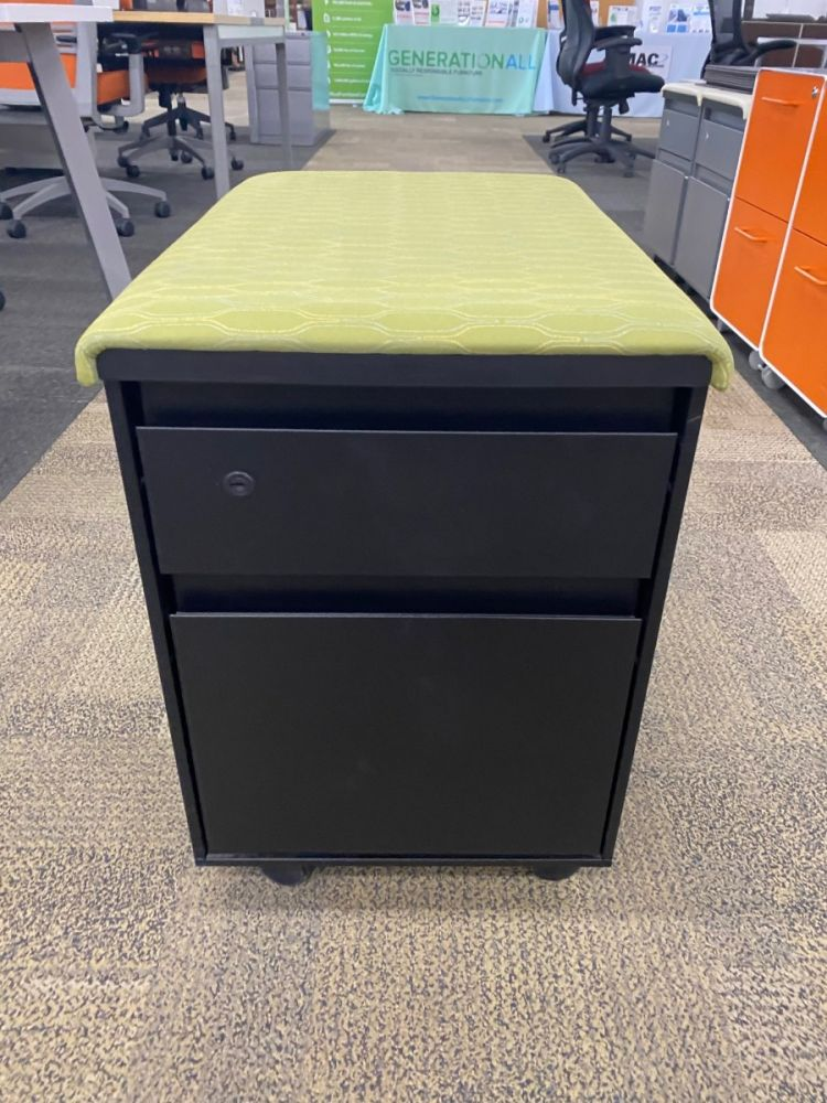 Herman Miller mobile box/file pedestal