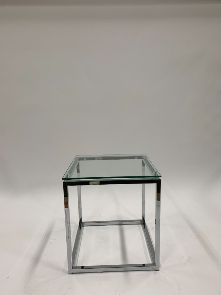 1.5' Side Table (Glass)