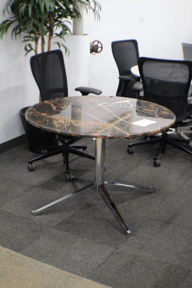 3.5' Round Conference Table (Brown Marble)