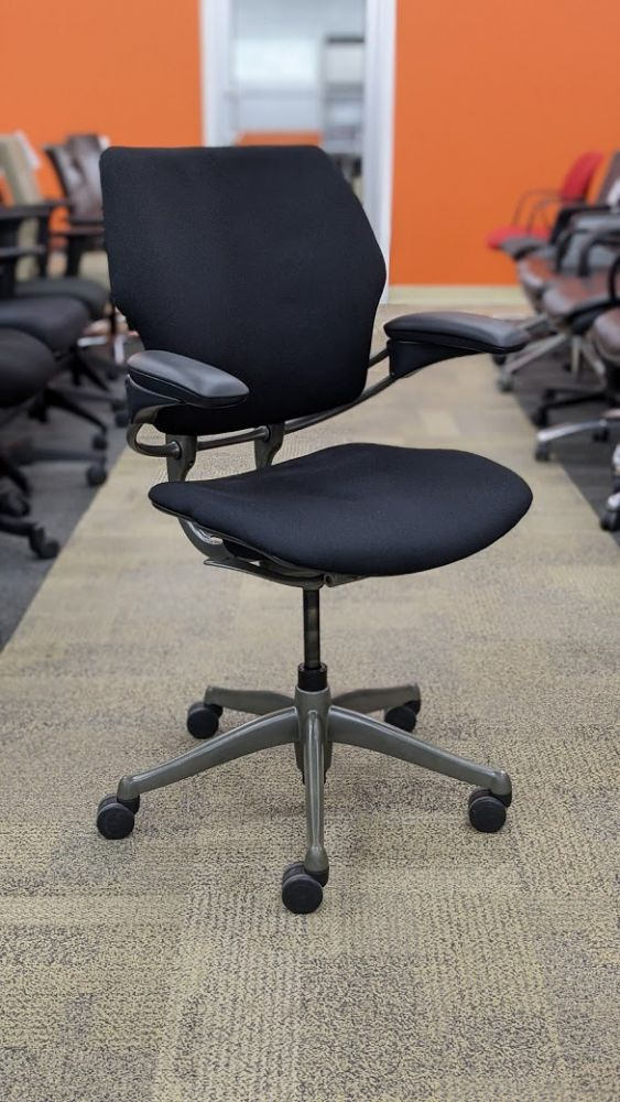 Refreshed Humanscale Freedom Task Chair
