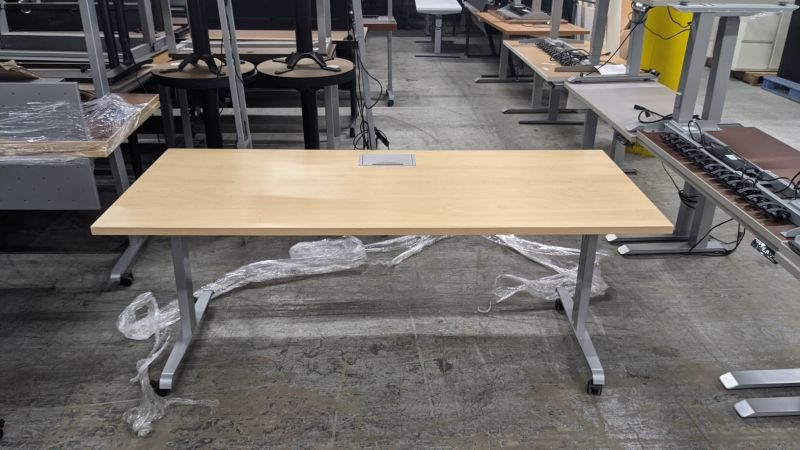 6' Rectangular Training Table w/ Power (Maple)