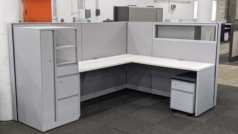 """Certified Pre-Owned Steelcase Answer Workstation (6'D x 8'W x 50""""H)"""