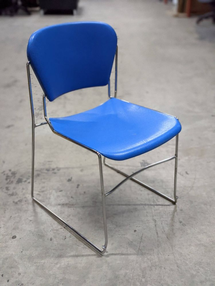 KI Perry Armless Stack Chair (Blue)