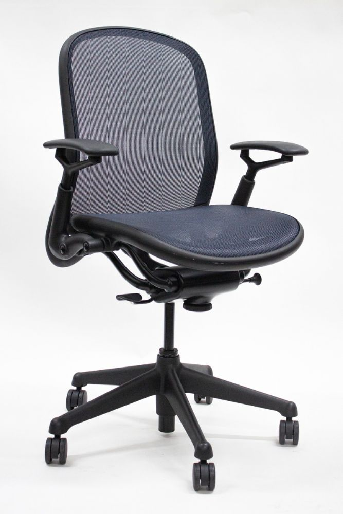 Pre-owned Knoll Chadwick conference chair with blue mesh, adjustable height black arms, and black base.