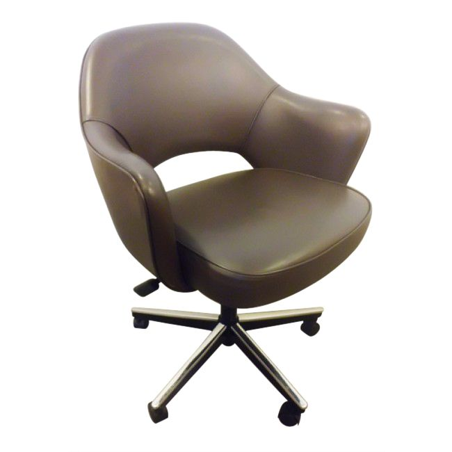 Knoll Saarinen Conference (Chocolate Leather)