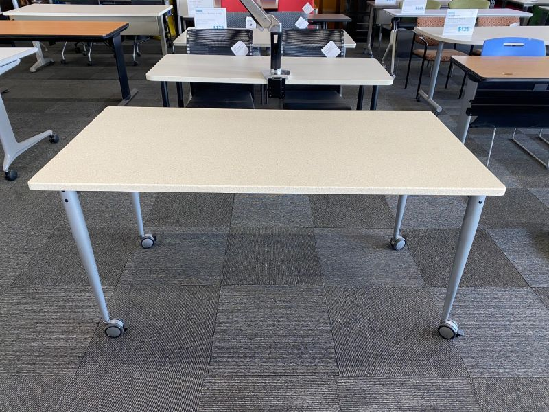 5' Kimball Flip-Top Mobile Training Table (Cream Speckles)