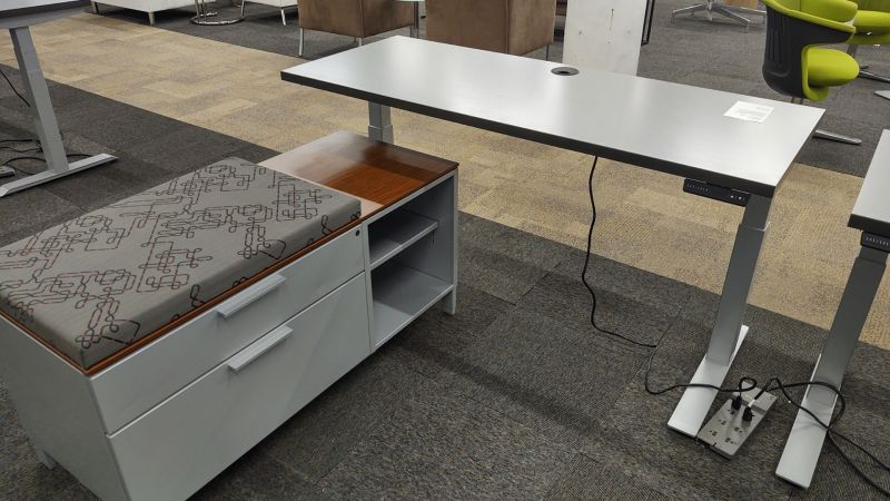 5' Enwork Adjustable Height Table Desk (Grey Lines) LH