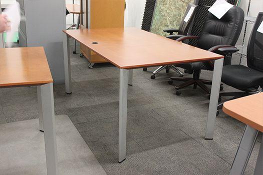 5' Rectangular Conference Table (Walnut Veneer)